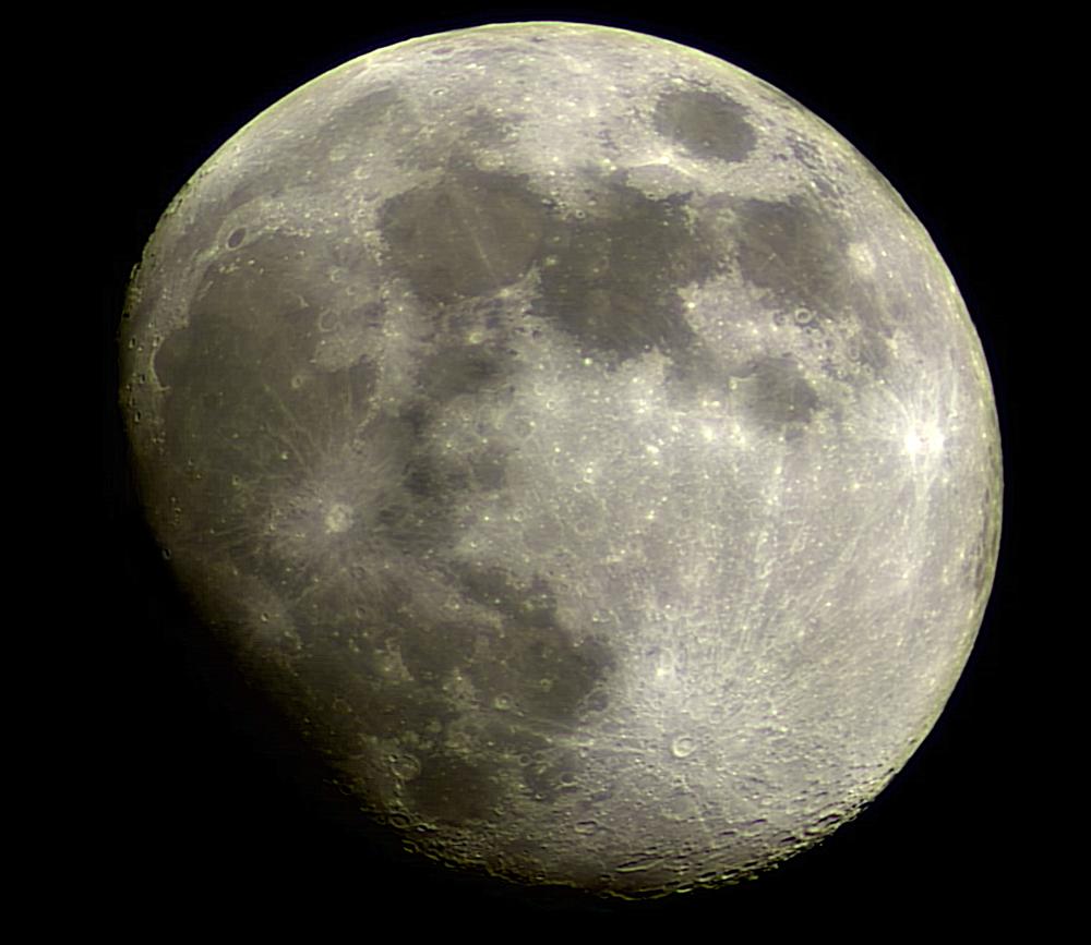 MoonMosaic - Mosaic of 8 individual images taken with a Celestron Neximage camera through